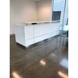 Hugo Plus White Reception Counter 3200L