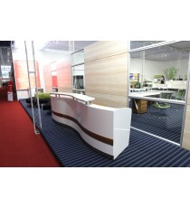 Martinique Wave Front Reception Counter